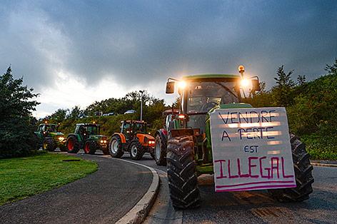 Belgische Bauern demonstrieren mit Traktoren