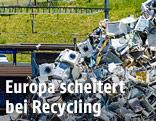 Elektrogeräte auf einer Mülldeponie