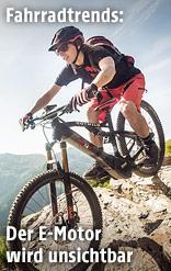 Eine Mountainbikerin