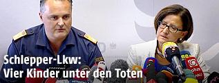 Der burgenländische Landespolizeidirektor Hans Peter Doskozil und Innenministerin Johanna Mikl-Leitner (ÖVP)