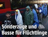 Flüchtlinge am Bahnhof von Nickelsdorf
