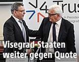 Der tschechische Außenminister Lubomir Zoaralek im Gespräch mit dem deutschen Außenminister Frank-Walter Steinmeier