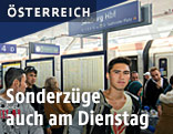 Flchtlinge im Salzburger Bahnhof