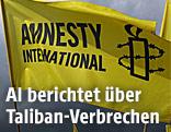 Flagge mit Amnesty-International-Logo