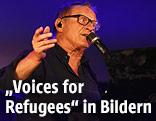 """Konstantin Wecker beim Konzert """"Voices for Refugees"""" auf dem Heldenplatz in Wien"""