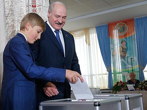 события в белоруссии - Страница 3 Ticker_lukaschenko_a.4647800