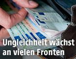 Geld in Geldtasche
