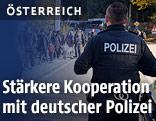 Polizisten an der Grenze zu Deutschland