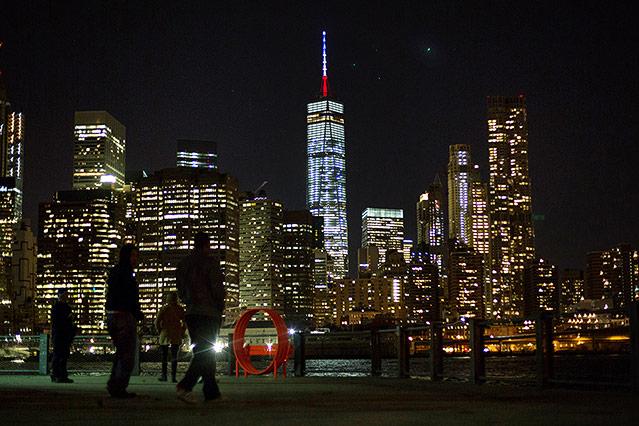 Beleuchtetes One World Trade Center