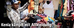 Altkleiderhändler in Kenia