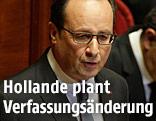 Frankreichs Präsident Francois Hollande hält eine Rede in Versailles