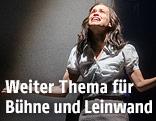 Die Schauspielerin Kristin Suckow als Anne Frank