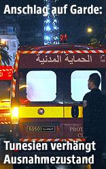 Sanitäter und Rettungswagen