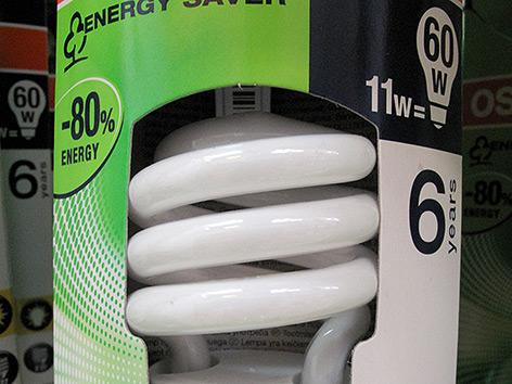 Verpackung einer Energiesparlampe