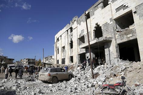 Zerstörung nach Luftschlag in Syrien