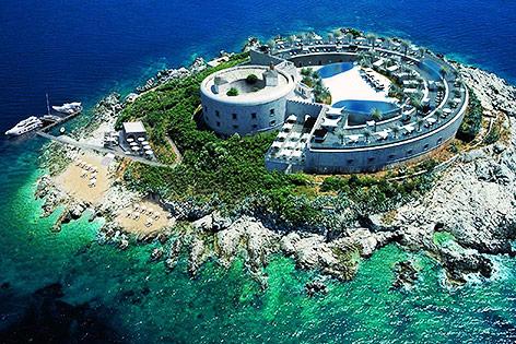 Rendering des geplanten Luxushotels auf der Adria-Insel Mamula