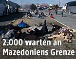 Wartende Flüchtlinge an Griechenlands Grenze zu Mazedonien