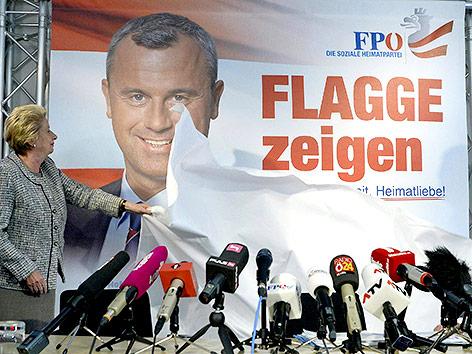 Norbert Hofer wird als FPÖ-Präsidentschaftskandidat vorgestellt