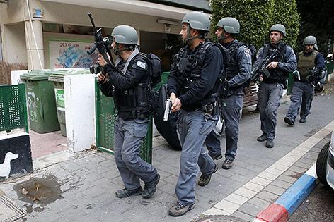 Sicherheitskräfte in Tel Aviv