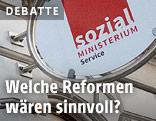 Logo an einem Sozialamt in Wien