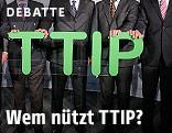 Männer in Anzügen halten Buchstaben, die das Wort TTIP bilden