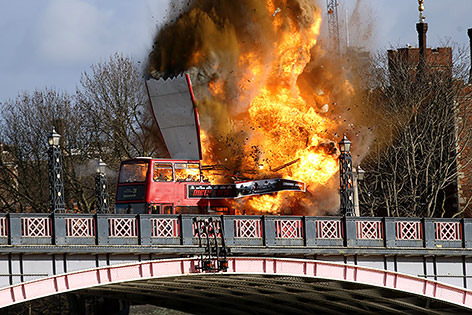 Explodierender Bus