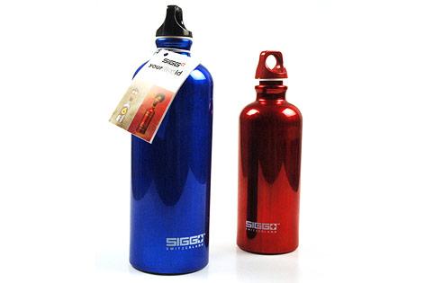 Aluminum-Wasserflaschen der Firma Sigg