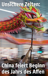Chinesischer Drache bei den Feierlichkeiten zum Chinesischen Neuen Jahr