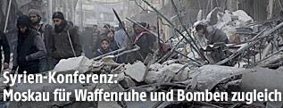 Zerstörung in einem Ort nahe Aleppo
