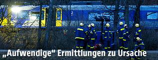 Unfallort mit Rettungskräften