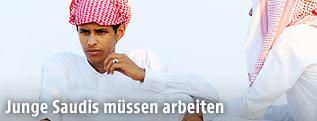 Junger Mann in Saudi Arabien