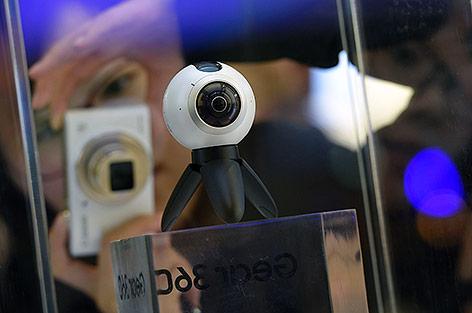 Eine Samsung Gear360 Kamera