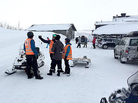 Rettungskräfte suchen nach 13 vermissten Niederländern in Norwegen