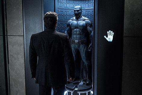 "Szene aus dem Film ""Batman v Superman: Dawn of Justice"""