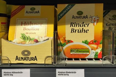Päckchen von Alnatura mit Bouillon und Brühe