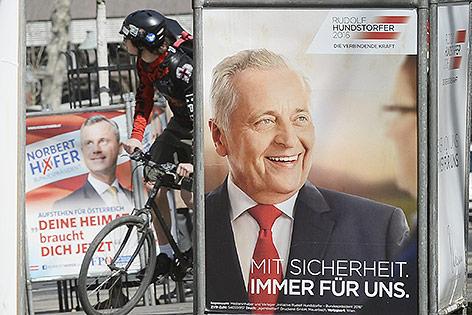 Präsidentschaftskandidaten Norbert Hofer (FPÖ) und Rudolf Hundstorfer (SPÖ)