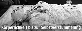 Günter Brus: Malerei - Selbstbemalung - Selbstverstümmelung, 1965