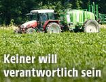 Traktor am Feld