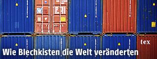 Aufeinander gestapelte Container