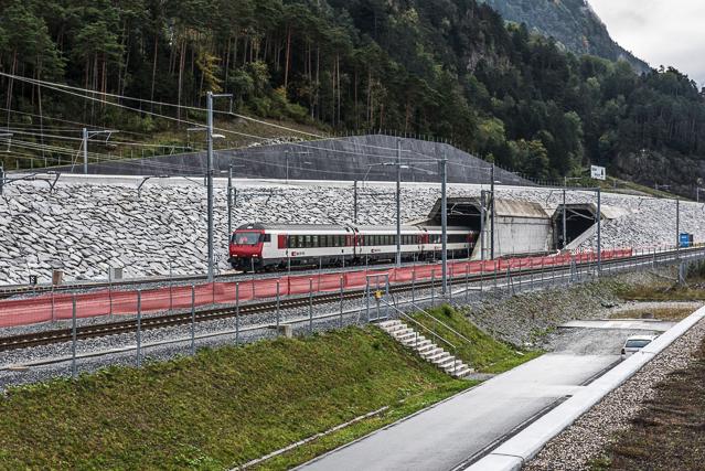 Eindruck vom Gotthard-Tunnel