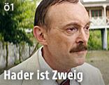 """Josef Hader in """"Vor der Morgenröte"""""""