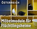Aus Schalungsplatten hergestellte Küchenmöbel in einem Flüchtlingsheim