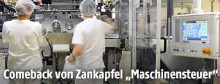 Bedienung einer Maschine in der Lebensmittelindustrie