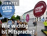 Eine Kundgebung gegen die Freihandelsabkommen TTIP und CETA