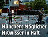 Polizei bewacht Schnellrestaurant in München