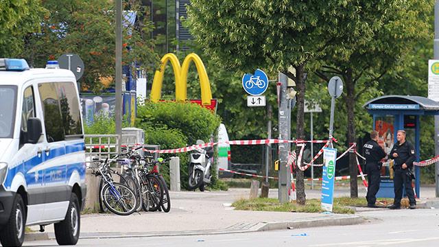 Polizisten am Tatort in München
