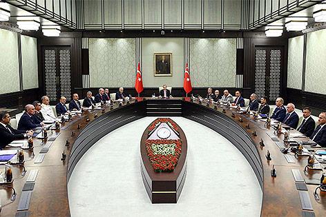 Teilnehmer einer Sondersitzung des nationalen Sicherheitsrates der Türkei