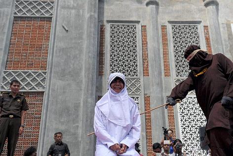Öffentliche Züchtigung in Indonesien