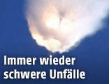 Explodierende Falcon-9-Rakete