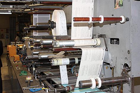 Wahlkarten werden in Druckerei hergestellt